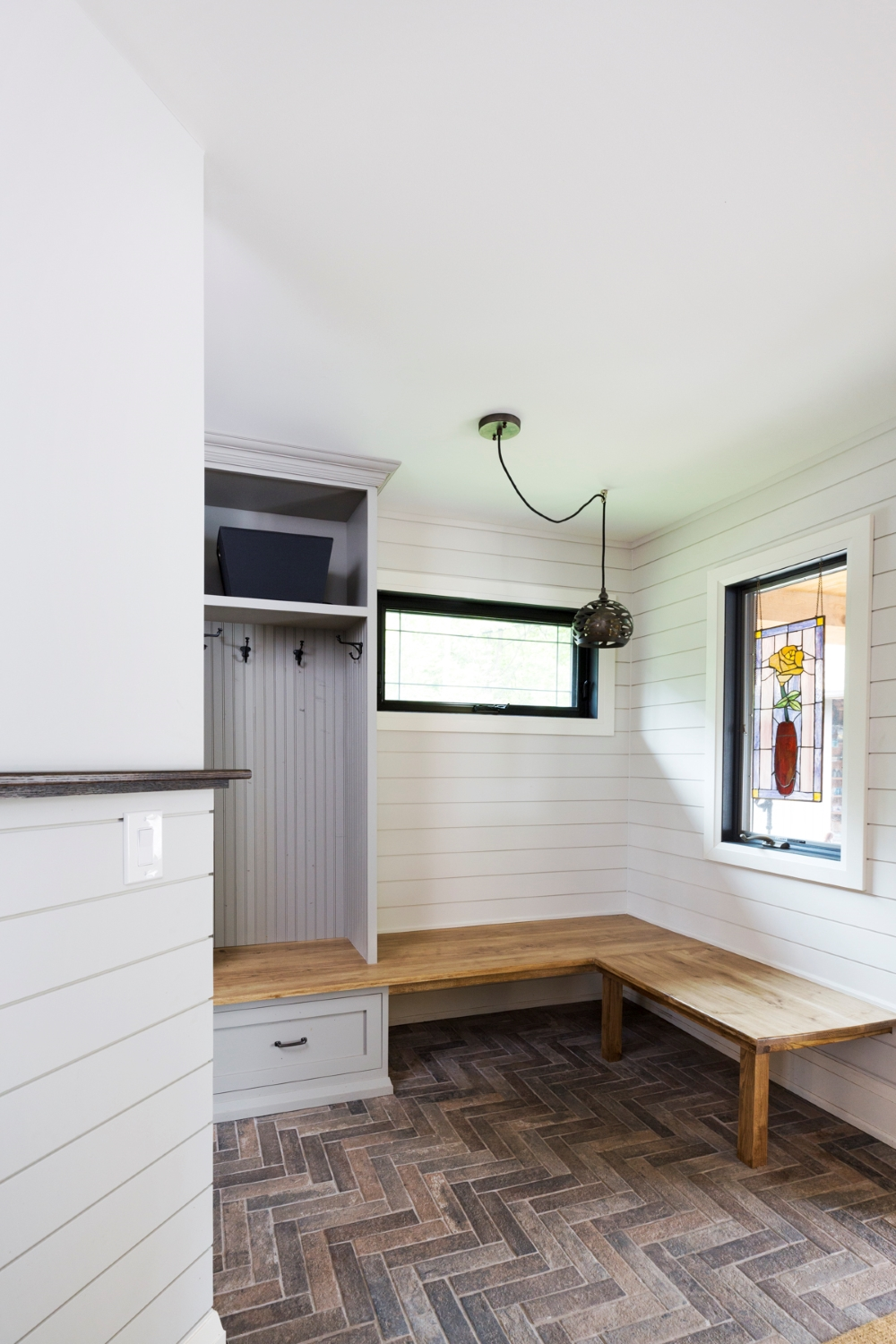 Simpson Mudroom right 1